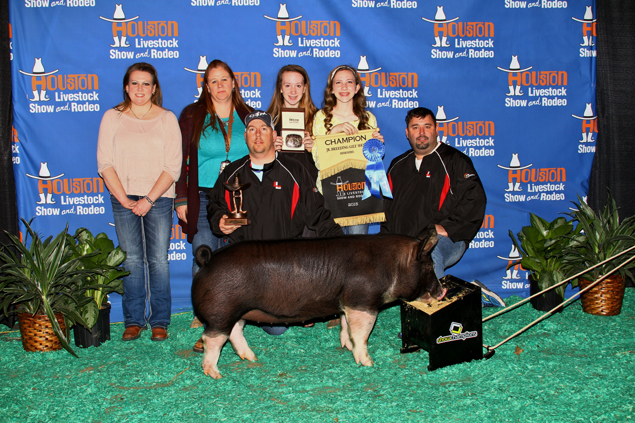 Kimberly Kinser Grand CHampion Berk Gilt Houston[1]