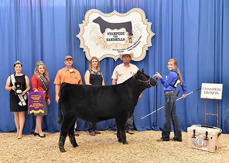 2016_NJAS_Champion_Owned_Heifer_Calf_2_Division_Class_5_Syndey_Johnson