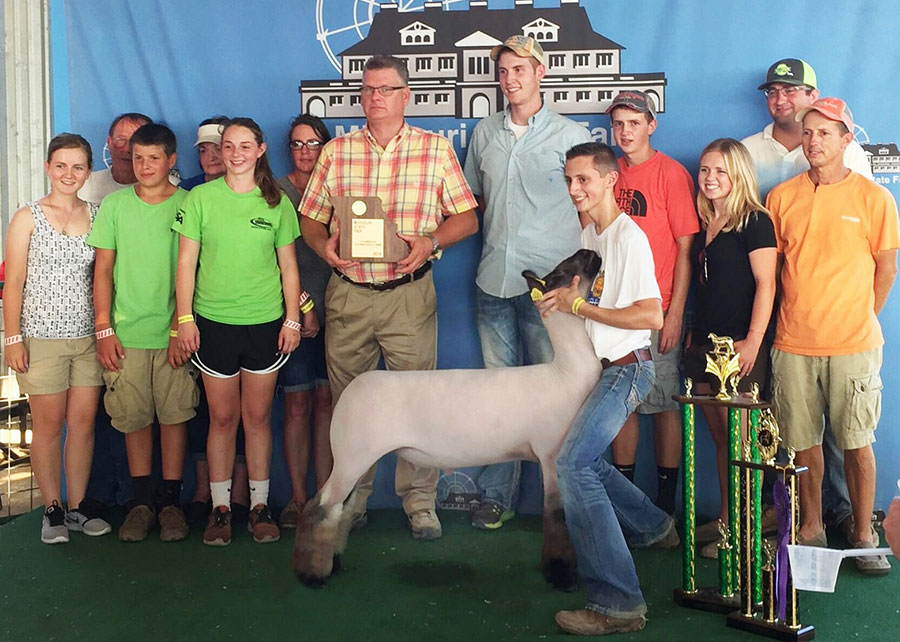 16-grand-champion-mkt-lam-missouri-state-fair-payton-dahmer