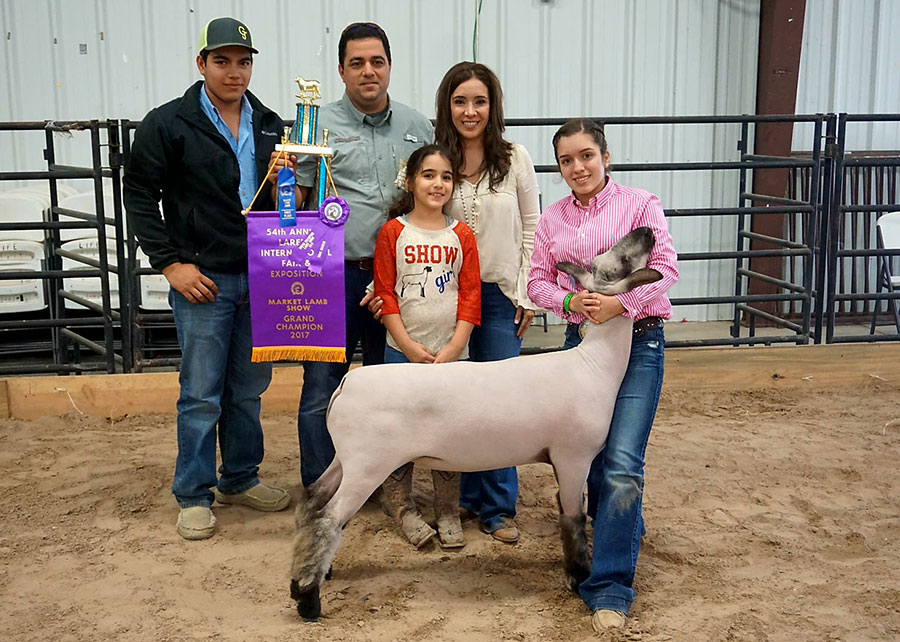 17-Grand-Champion-Lamb-Laredo-International-Fair-Alexis-Garcia