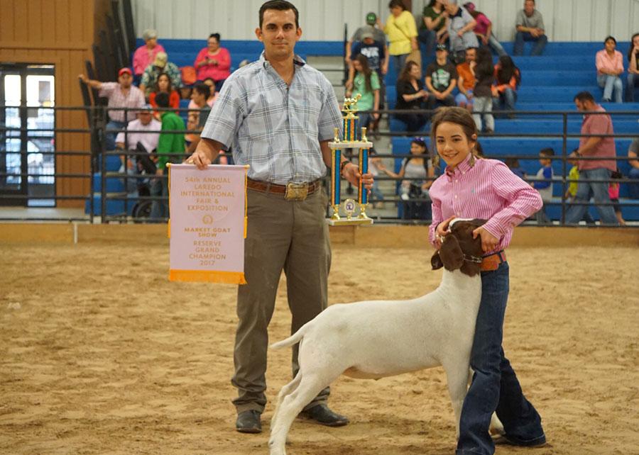 17-res-champ-mkt-goat-laredo-international-fair-expo-chelsea-creamar