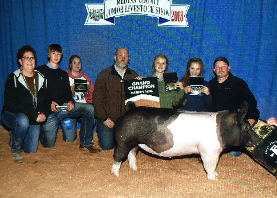 18-grand-champion-medina-county-laurell-pfeiffer